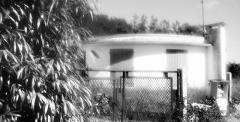 Maisons rondes - Cité des chênes - Prise de vues sous cellophane -  ©V.Champigny